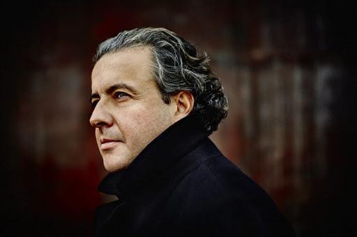 Juanjo Mena sube al podio de la Sinfónica de RTVE