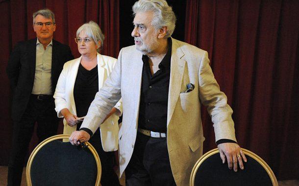 Manifiesto contra la actuación de Placido Domingo y Gustav Kuhn en Verona