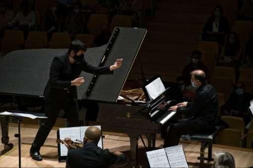 Crítica: Carlos Apellániz en el Festival Ensems, el hiperpianista