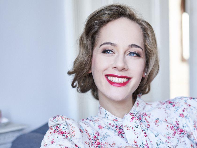 Crítica: Sorprendete mutación de Anna Lucia Richter en el Ciclo del lied