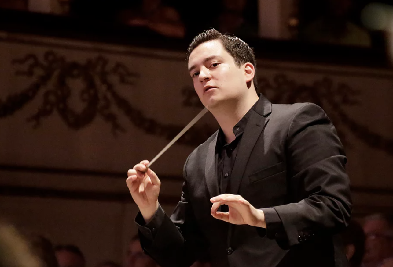 David Afkham y Brindley Sherratt interpretan obras de Vaughan Williams y Beethoven con la OCNE