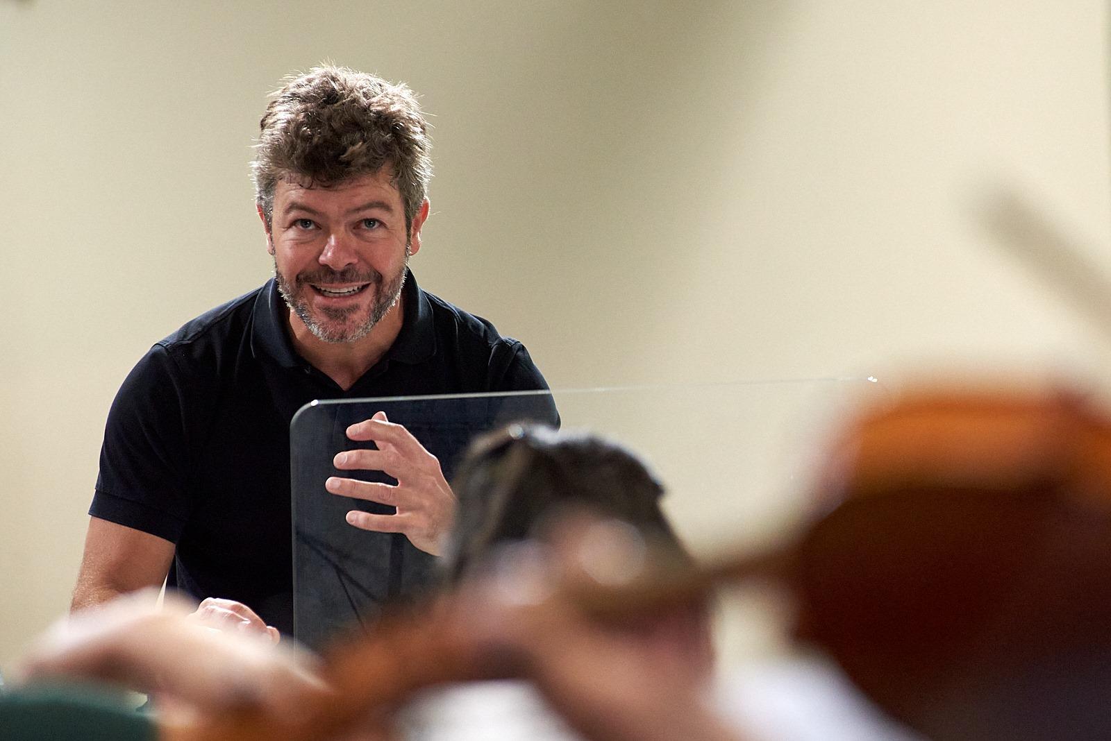 Crítica: Tensiones bien medidas en el concierto de inauguración de la Escuela Reina Sofía