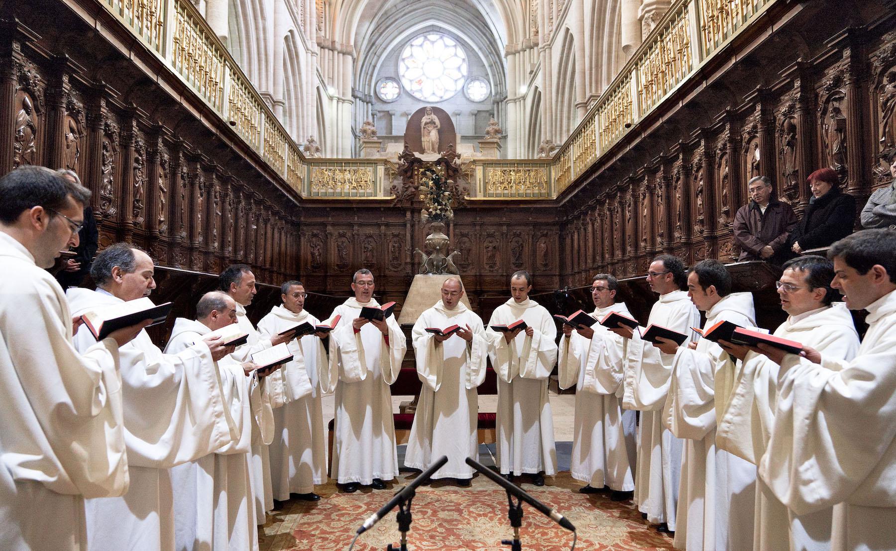 Schola Antiqua, la Escolanía de Segovia y la Capilla Jerónimo de Carrión rinde homenaje a San Frutos en la Catedral de Segovia