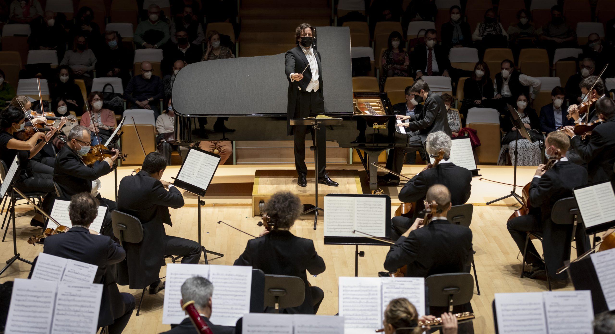 Crítica: Impacto sensitivo. Gustavo Gimeno y Javier Perianes con la Orquestra de la Comunitat Valenciana