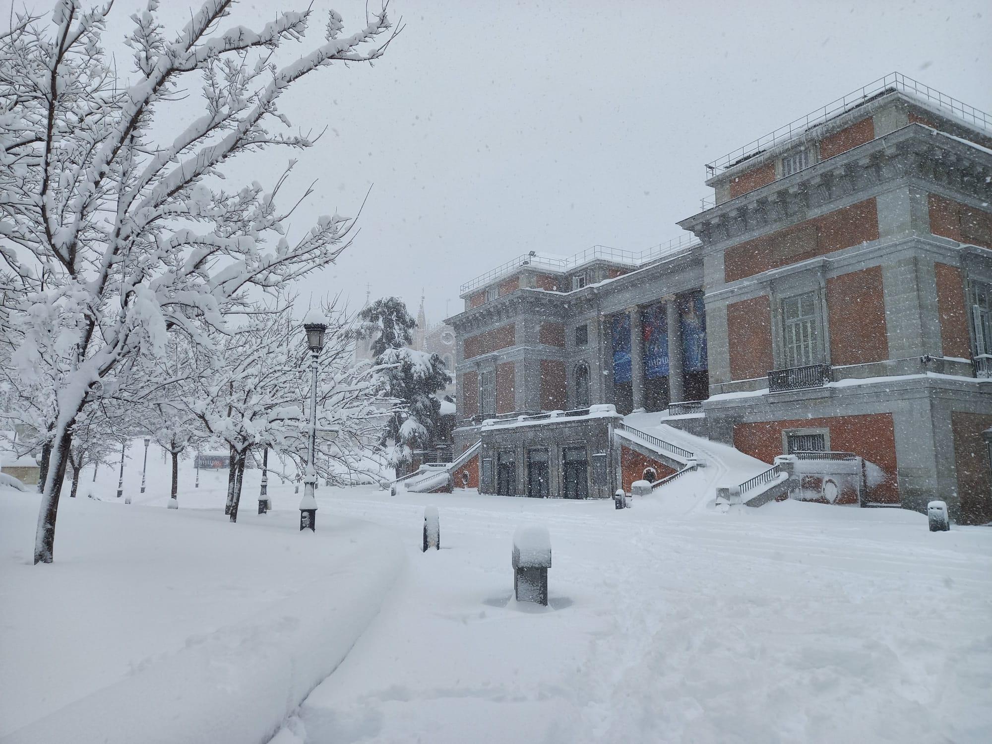 Biblioteca-Nacional-nieve-madrid