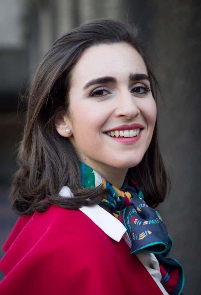 Carmen Artaza, mezzosoprano española, ganadora del 58º Concurso Tenor Viñas