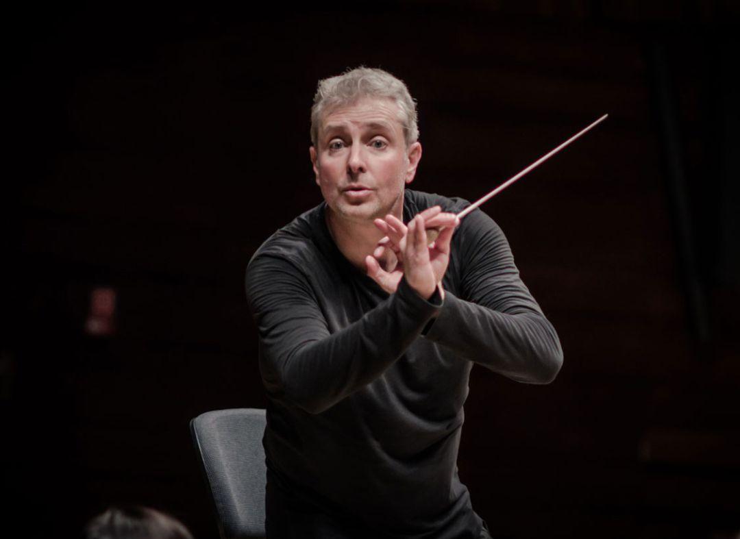 """Alexander Liebreich: """"Serviré a la Orquestra de València con mi conocimiento y experiencia"""""""