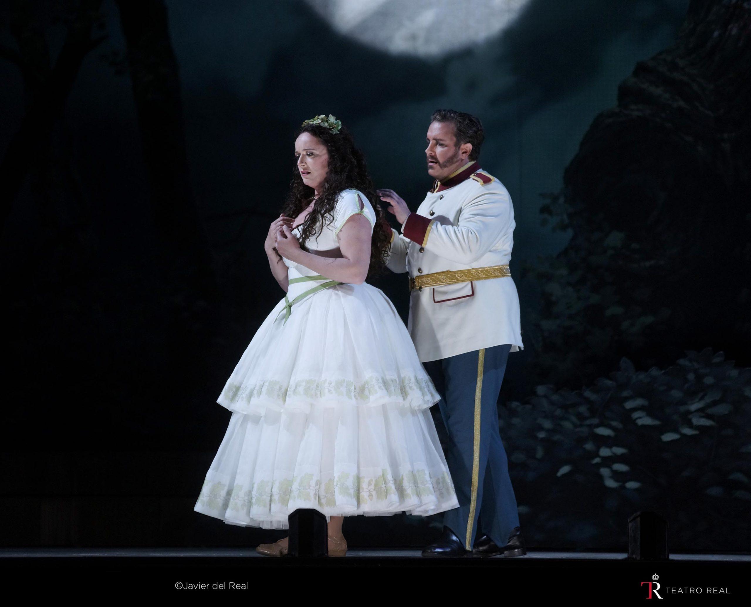 escena-norma-teatro-real-margaine-spyres