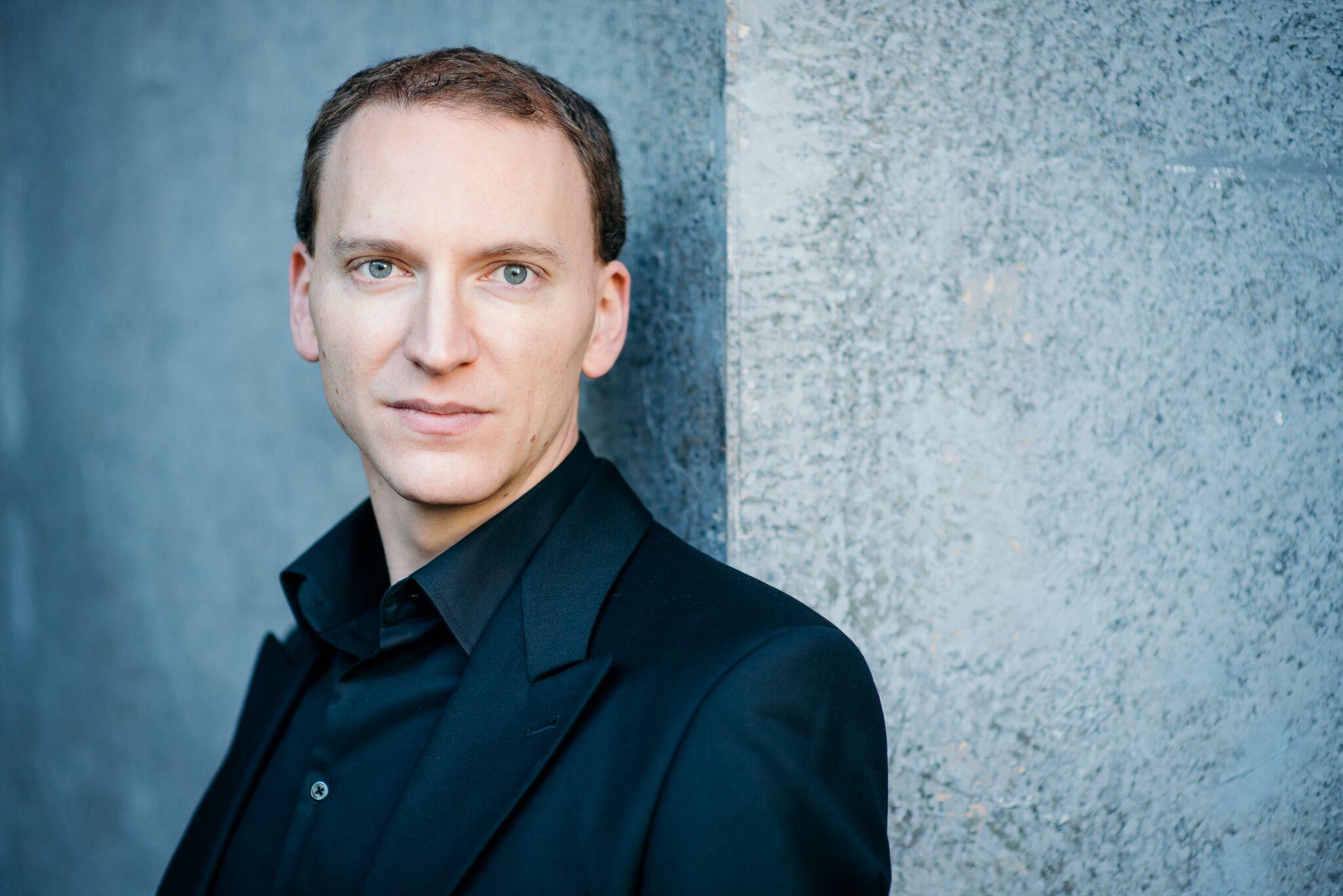 Juanjo Mena dirige obras de Arriaga y Schubert con la OCV junto a la soprano Sabina Puértolas en València y Castelló