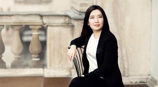 Eun Sun Kim dirige Strauss y Rachmaninov con la Sinfónica de Madrid