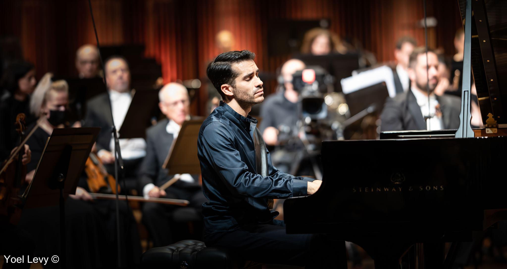 Juan Pérez Floristán gana el Concurso Arthur Rubinstein de piano
