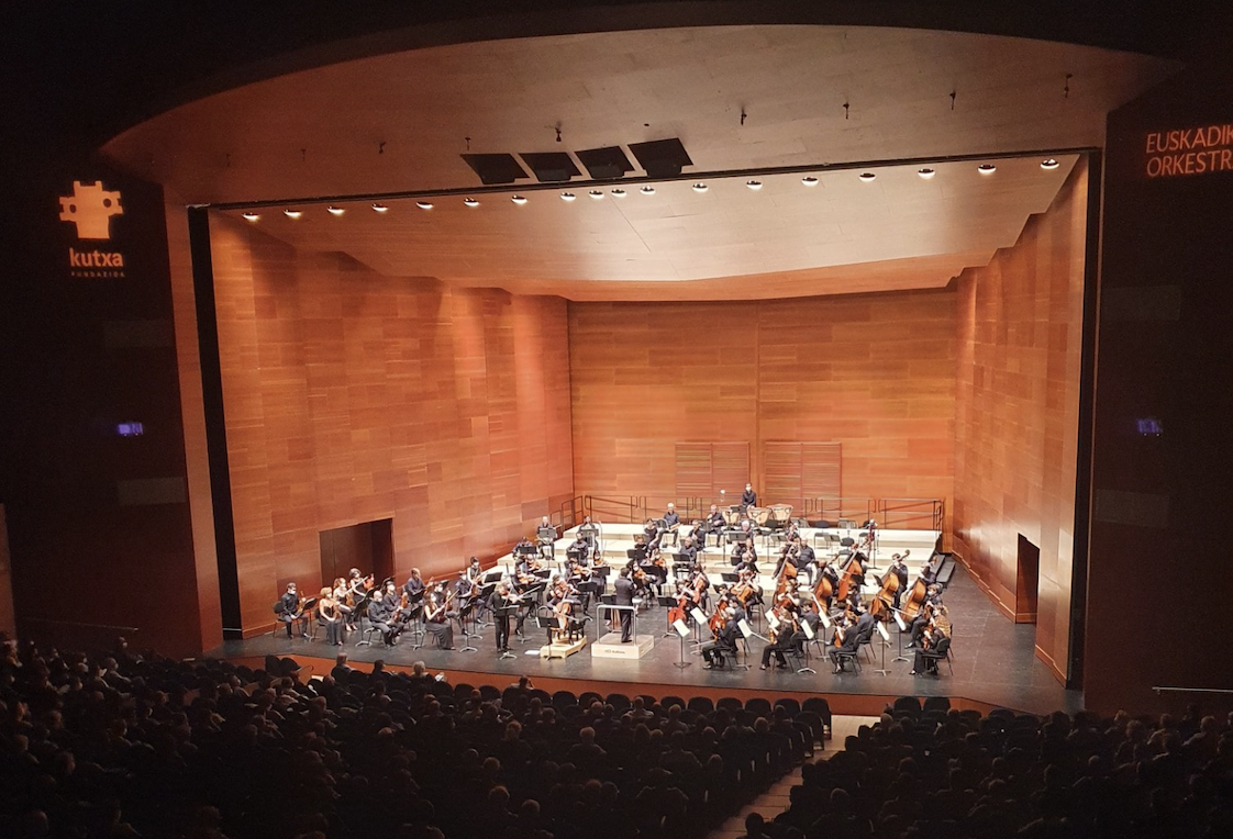 Crítica: Euskadiko Orkestra. De la misma mano, dos sentimientos