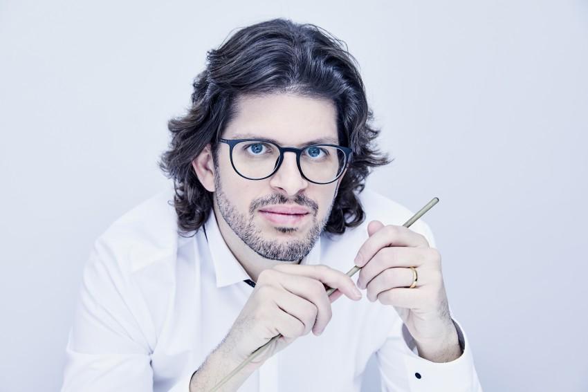 Tomás Grau sustituye a Lina González-Granados en el ciclo 'Descubre' de la Orquesta Nacional